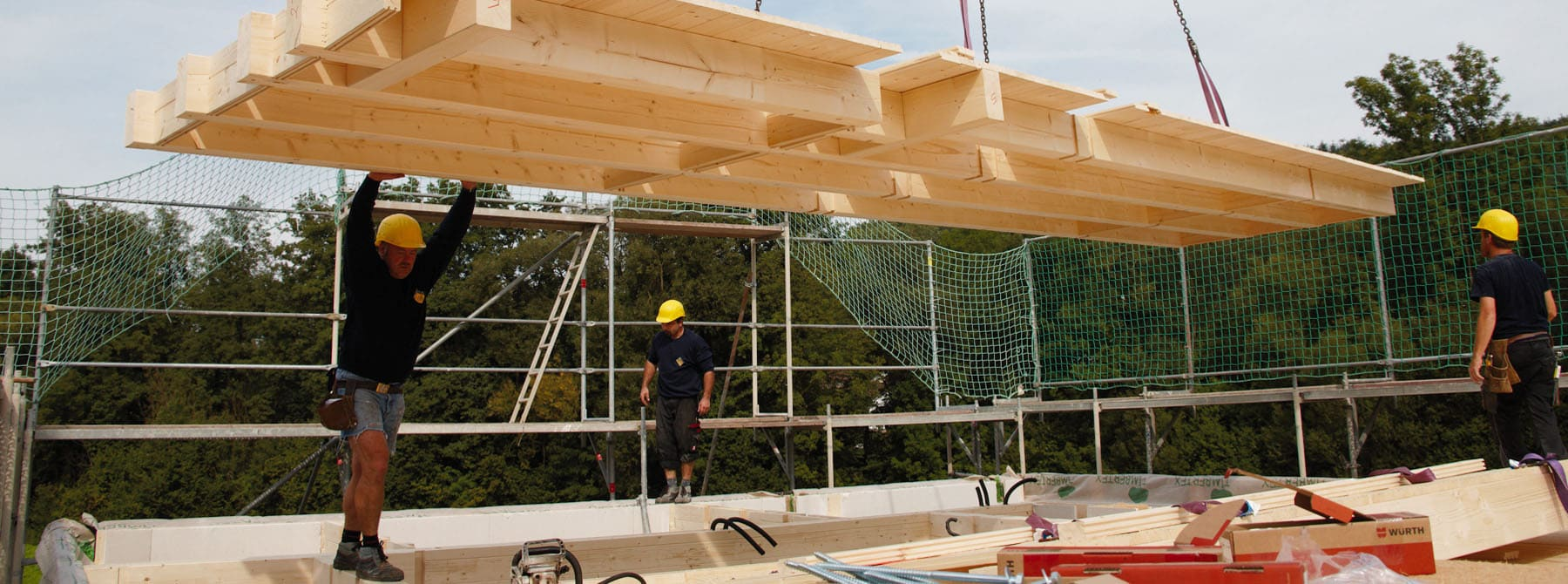 Passivhaus aufbau  Holztechniker bauen Ihr schlüsselfertiges Holzhaus - Sonnleitner ...