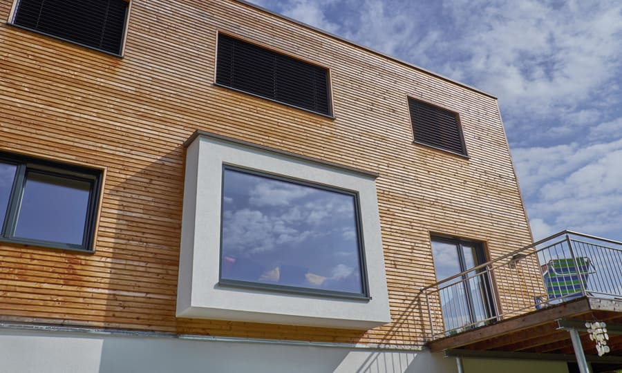 Kundenhaus gwandtner bauen sie ihr holzhaus passivhaus for Holzhaus modern innen