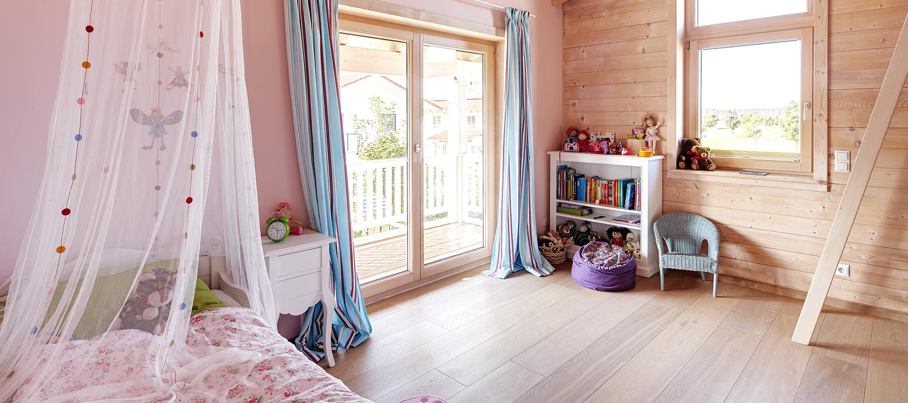 kinderzimmer und kinderm bel aus echtholz bauen sie ihr holzhaus passivhaus. Black Bedroom Furniture Sets. Home Design Ideas