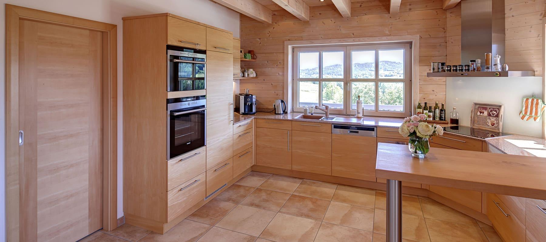k chen und k chenm bel aus massivholz bauen sie ihr holzhaus passivhaus. Black Bedroom Furniture Sets. Home Design Ideas
